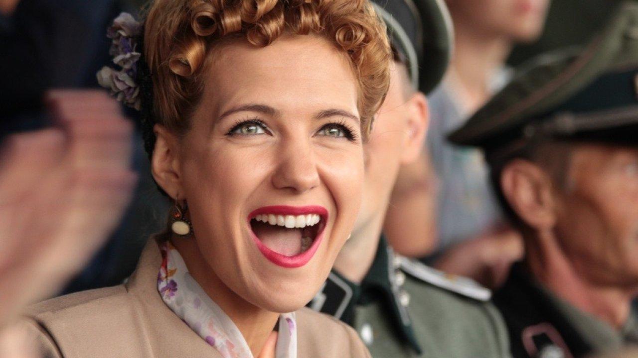 Красавица - 2012: актеры, рейтинг и отзывы на канале Дом кино