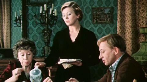 ТЕСТ: Узнайте героя фильма «По семейным обстоятельствам» по цитате!
