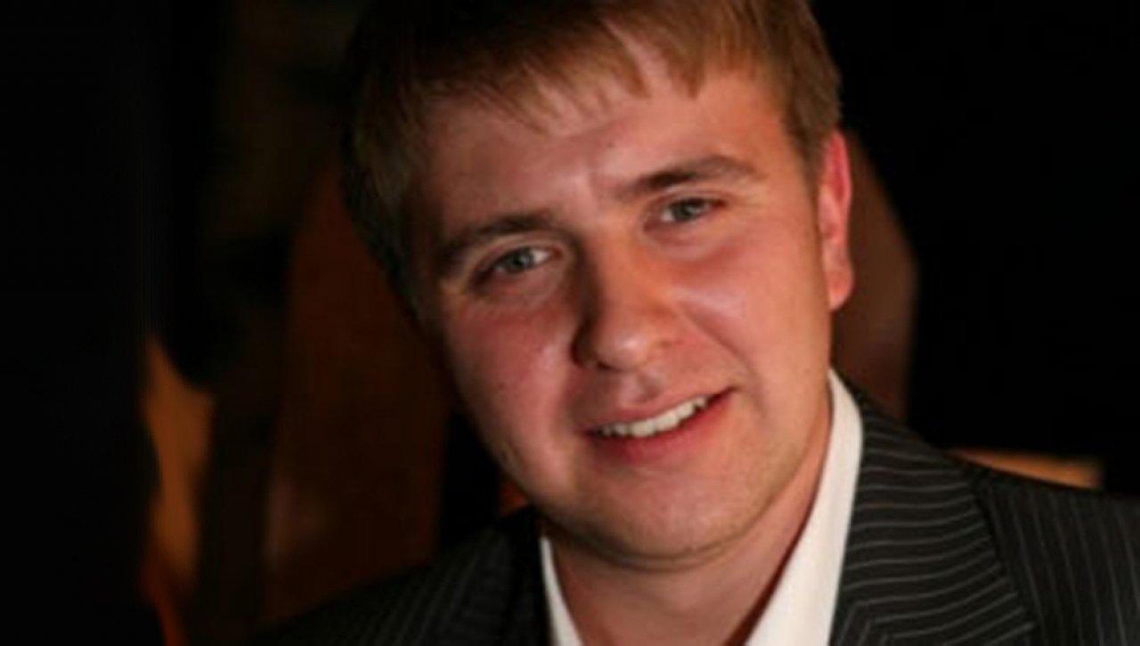 Влад Николаев