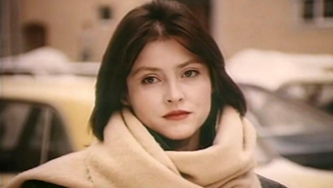 Елена Караджова