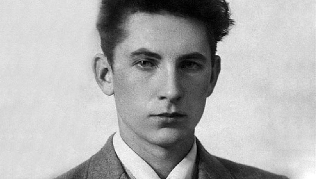 Олег Бондарёв