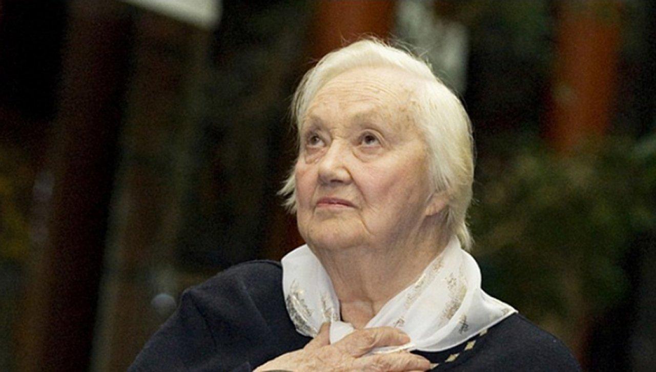 Кира Головко