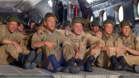 ТЕСТ: Угадайте, из какого фильма защитники Отечества!