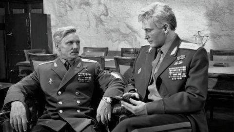 ТЕСТ: Насколько хорошо вы помните фильм «Офицеры»?