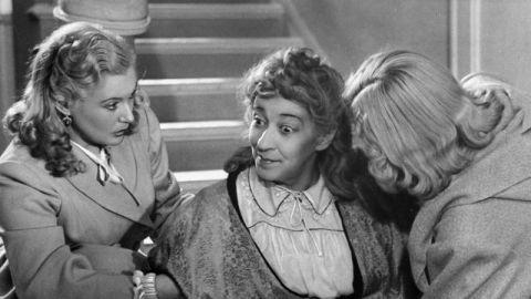 ИТОГИ: лучшие актёры, режиссёры и фильмы 40-х годов!