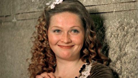 ТЕСТ: Насколько хорошо вы помните роли Натальи Гундаревой?