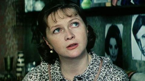 ТЕСТ: Насколько хорошо вы помните фильм «Одиноким предоставляется общежитие»?