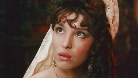 ТЕСТ: Насколько хорошо вы помните роли Анны Самохиной?