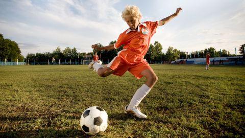 ТЕСТ: Угадайте фильмы о футболе по одному кадру!